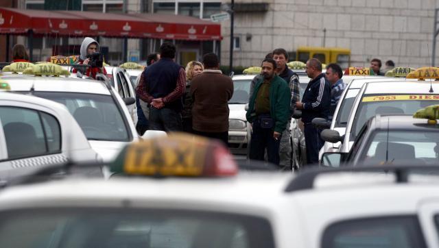Taximetriştii clujeni au ieşit în strada