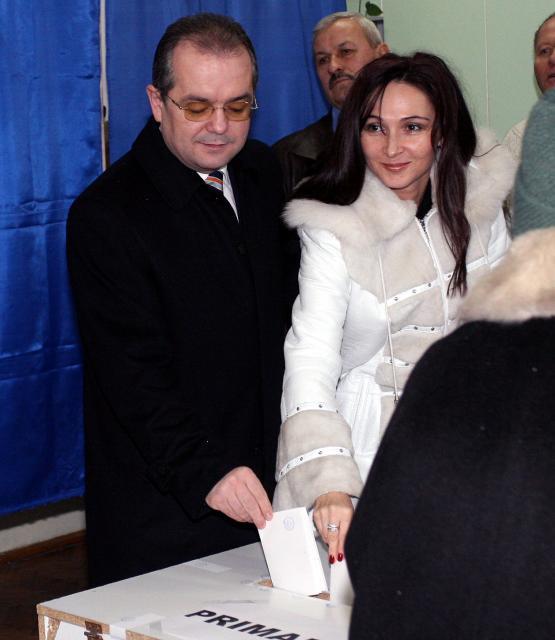 Primul-ministru Emil boc la vot