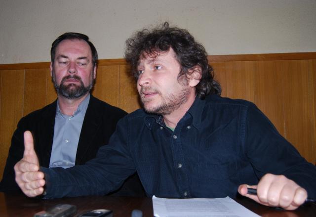 Emanuel Petran (dreapta)