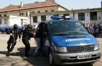 Jandarmeria Română la prima ediţie a porţilor deschise