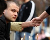 Tineri clujeni s-au întâlnit şi astăzi în Piaţa Avram Iancu în semn de solidaritate