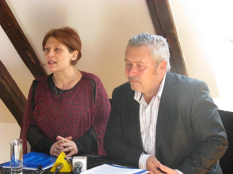 Simona Hodoş (foto st.), directorul Transilvania Jazz Festival, consideră festivalul o ocazie de a transforma Clujul într-un pol al muzicii de calitate