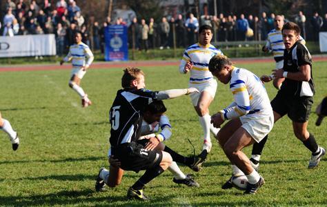 Echipa de rugby a Universităţii Cluj s-a calificat în play-off după victoria cu CSM Bucovina Suceava