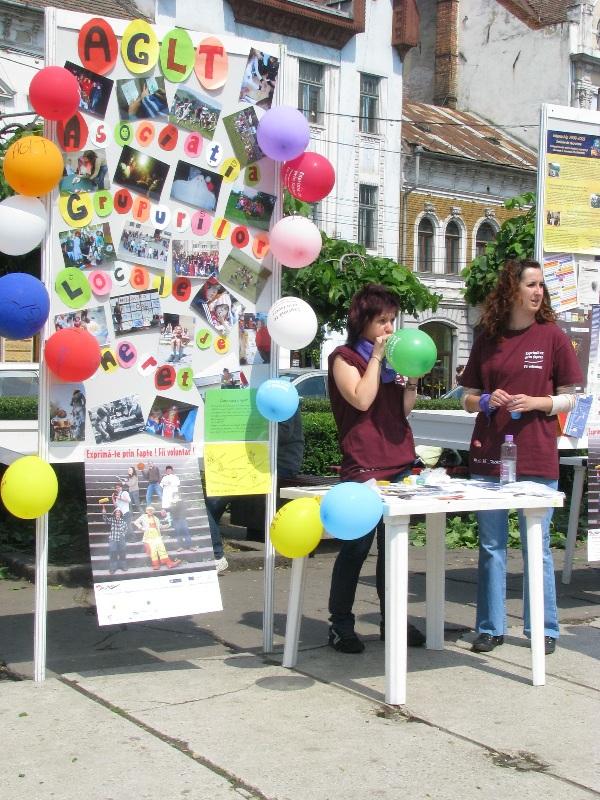 """""""Săptămâna Naţională a Voluntariatului"""", campanie organizată de Centrul de Voluntariat Cluj-Napoca, a debutat astăzi cu târgul Voluntexpo"""