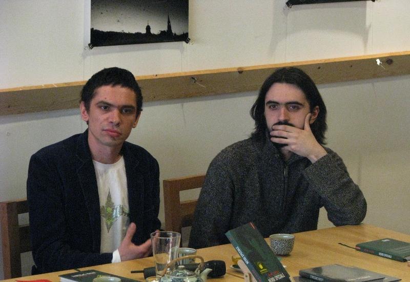 """Unul dintre cei mai cunoscuţi scriitori contemporani, Dan Sociu, şi-a lansat la Cluj al doilea roman, """"Nevoi speciale"""""""