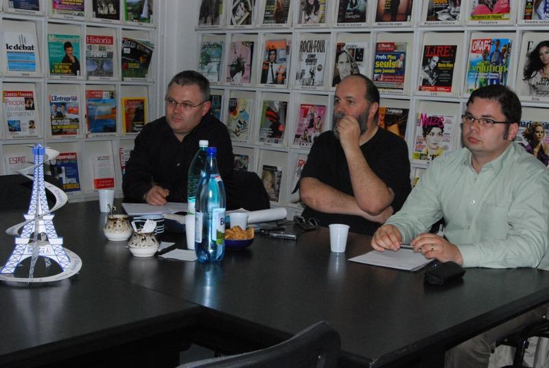 Centrul Cultural Francez a marcat Ziua Internaţionala a Libertătii Presei printr-o dezbatere despre statutul jurnalistului şi presiunile exercitate de către factorii politici şi economici