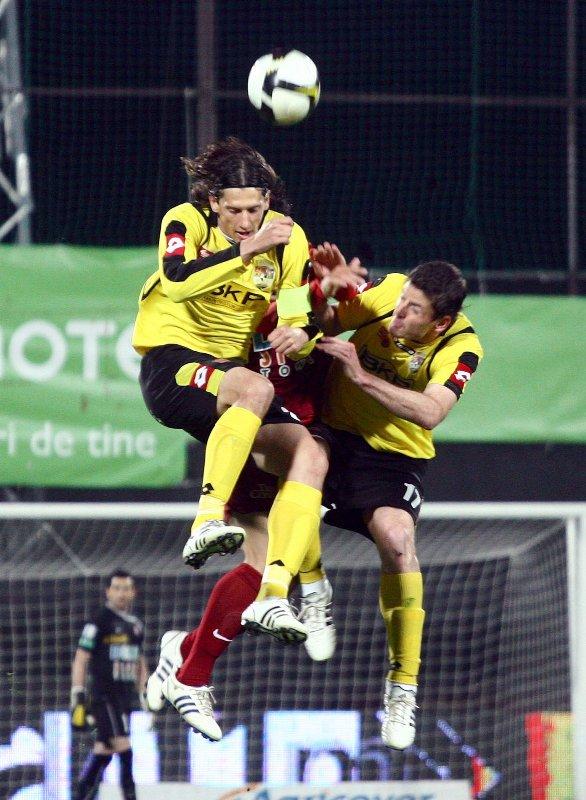 Echipa CFR Cluj a obţinut o victorie categorică în faţa celor de la FC Timişoara. Clujenii şi-au recăpătat încrederea şi i-au dat o lovitură sub centură echipei lui Marian Iancu