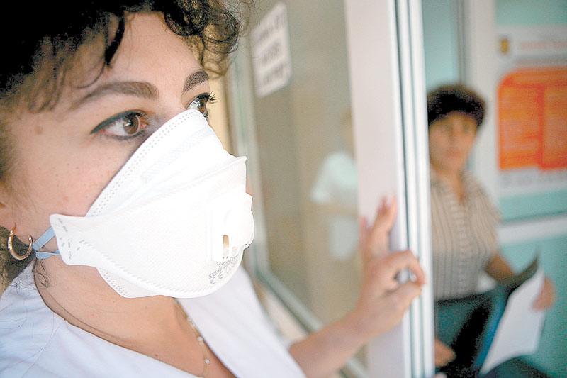 Al 6-lea caz de deces din cauza gripei noi