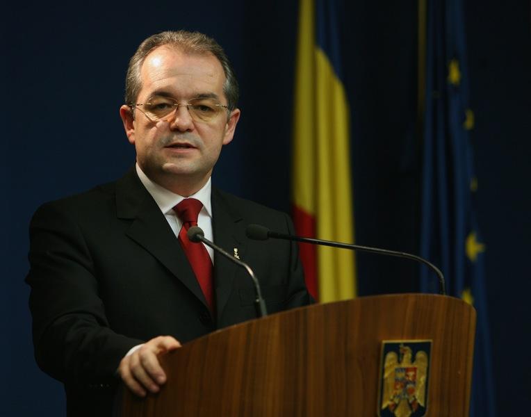 Toţi cei 15 miniştri din Guvernul Boc IV au primit aviz favorabil
