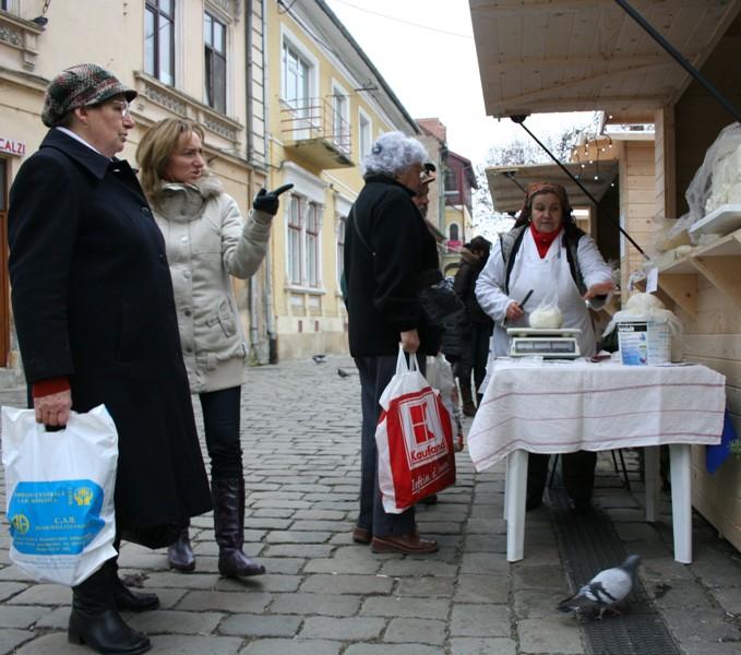 Produse tradiționale în Piața Muzeului