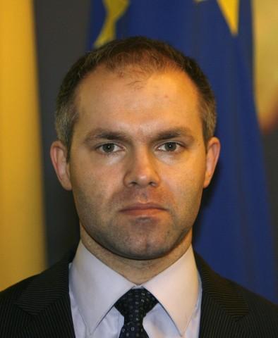 Ministrul Educaţiei: Învăţământul românesc trebuie recredibilizat