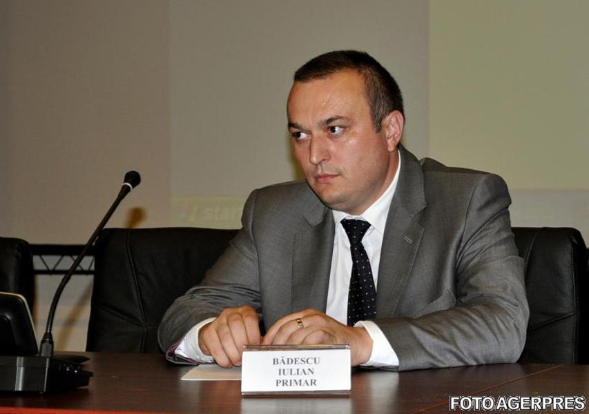 image-2013-11-26-16075514-70-iulian-badescu-primarul-ploiestiului