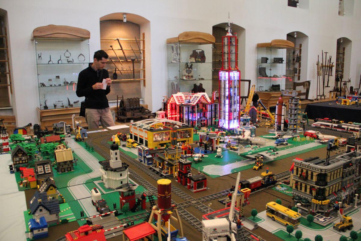 Lego-ales-21(transilvaniareporter. ro)
