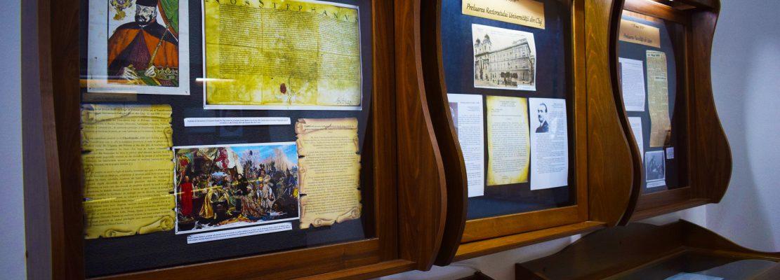 În cea de-a treia sală se află o colecție particulară de monede și bacnote care s-au succedat în spațiul românesc de la 1867 până în 2005.