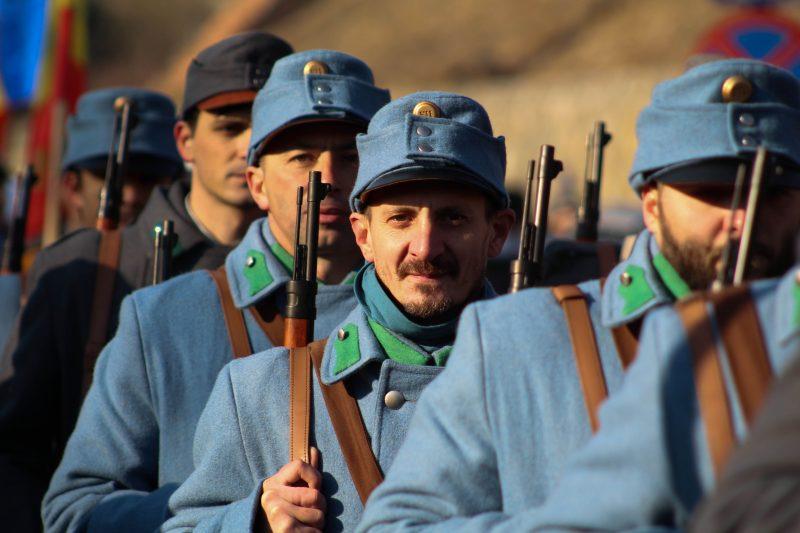 Militarii tineri au făcut față cu succes evenimentelor din cadrul serbării Centenarului, lăsând la o parte emoțiile